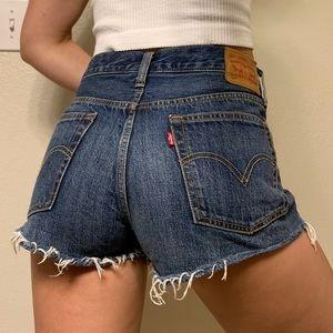 Levi's 501 cut off shorts